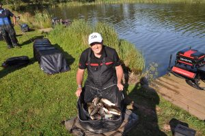 Broom Fisheries carp big fish coarse fishery