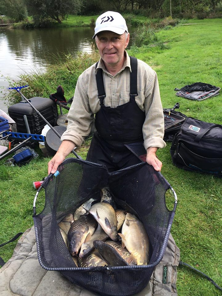 broom fisheries open match Scottish record match 135lb 10oz big carp ide bream